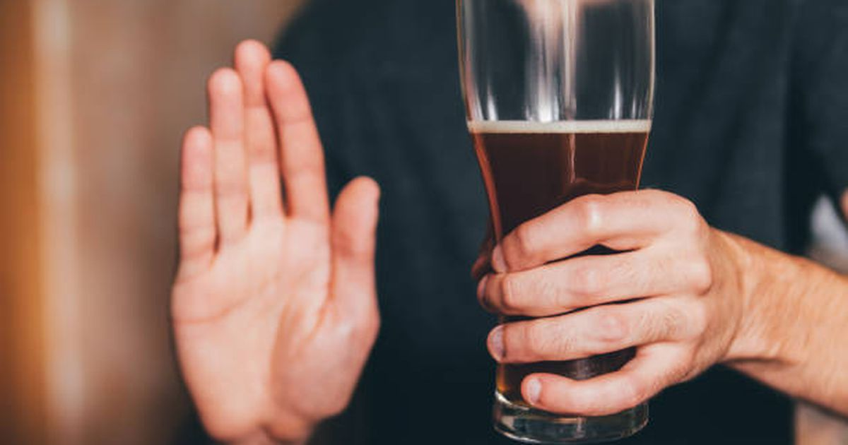 If you have this condition, study says you should back off alcohol