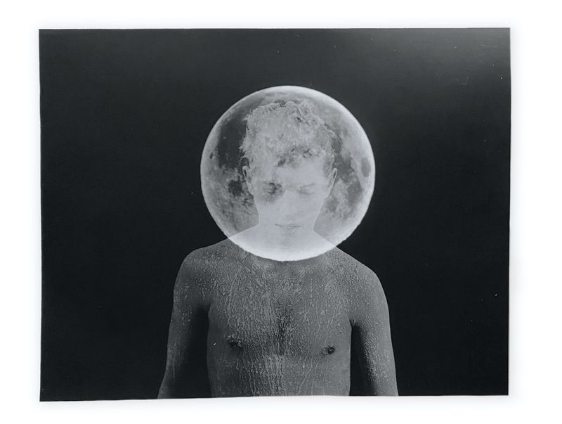 """""""Duncan (Moon),"""" a 2015 photograph by Tommy Nease. Courtesy of Jackson Fine Art / Copyright Tommy Nease"""