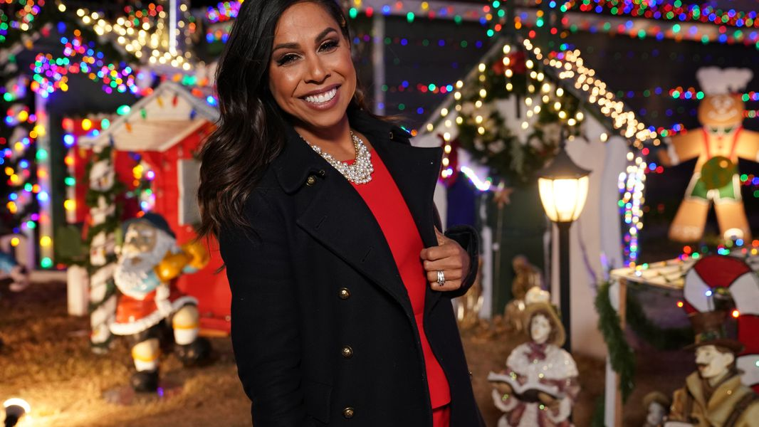 Briefs Taniya Nayak On The Great Christmas Light Fight 50 Cent S Black Mafia Family On Starz And The Rock S Young Rock On Nbc Both Shooting In Atlanta