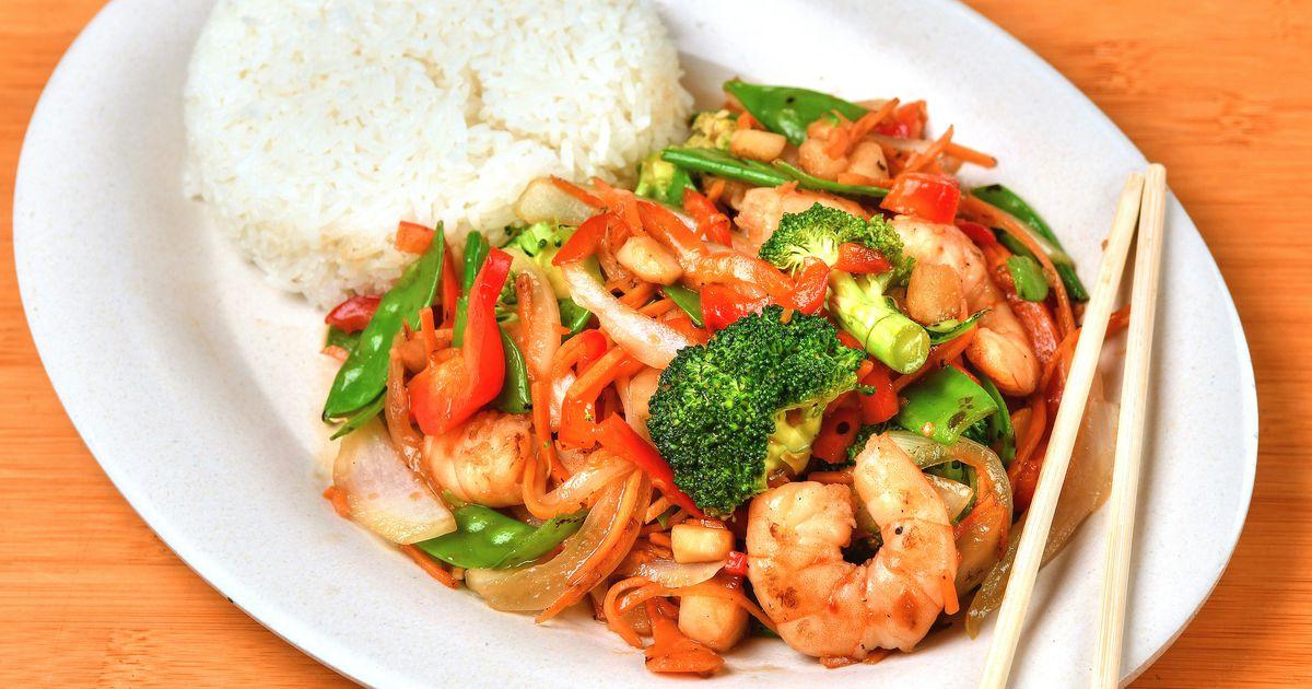 RECIPE: Learn to make Doc Chey's Spicy Szechuan Stir Fry