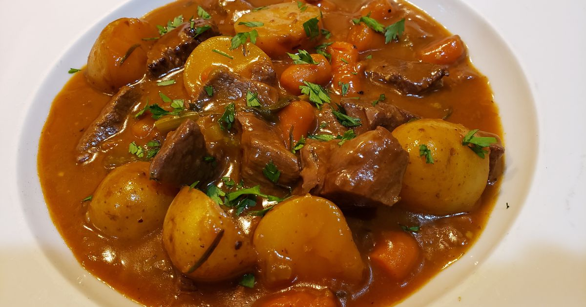 RECIPE: Make Brockett Pub's Irish Stew