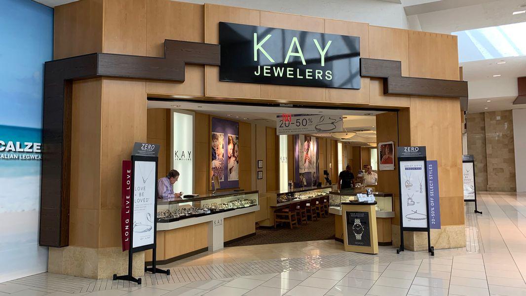 Signet Jewelers Closing 380 Kay Jared Zales Locations