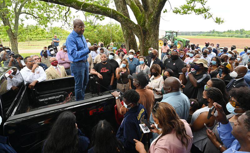 May 4, 2021 Byromville - Senator Reverend Raphael Warnock speaks to supporters at JibbÕs Vineyard in Byromville on Tuesday, May 4, 2021. (Hyosub Shin / Hyosub.Shin@ajc.com)
