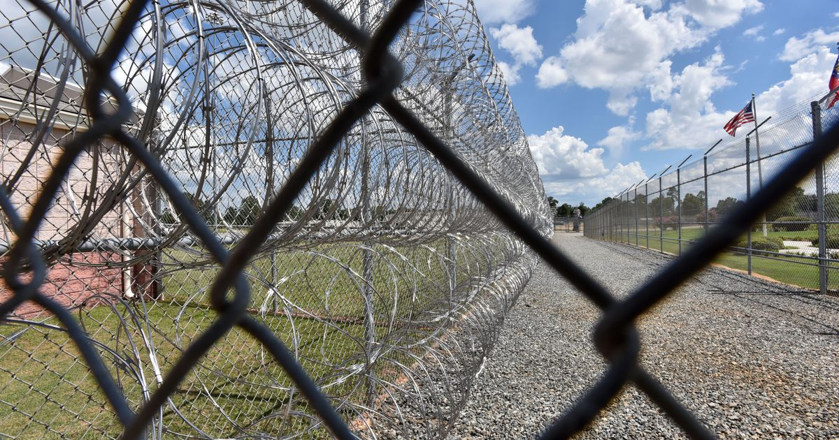 Opinion: Criminal justice reform takes a beating in a U.S. Senate race