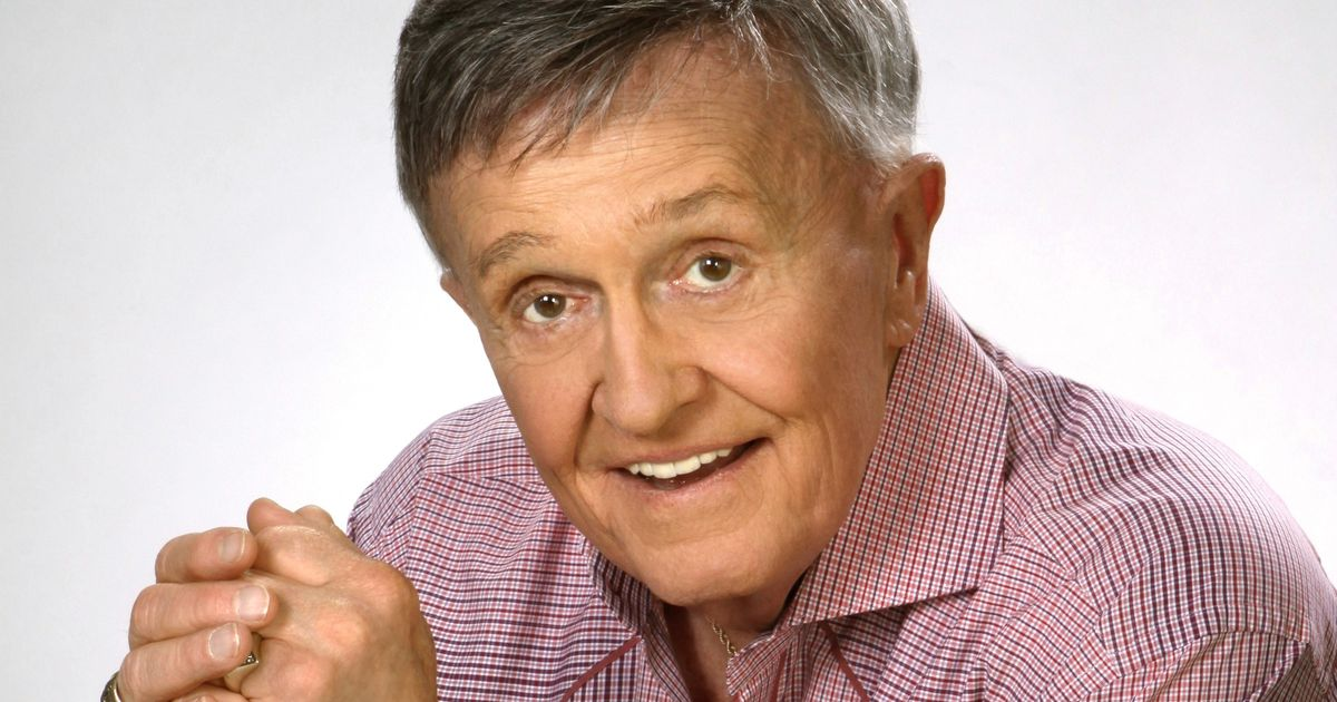 Mic Check: 'Whisperin' Bill Anderson is still re-imagining his hits