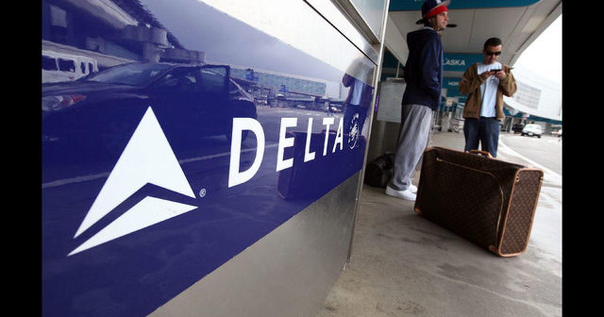 Delta asks more flight attendants to take unpaid leave